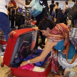 Viajeros mexicanos piden ayuda a consulado en Madrid tras días varados en aeropuerto