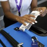 Aduana de Cuba: Nota informativa sobre las etiquetas en el equipaje