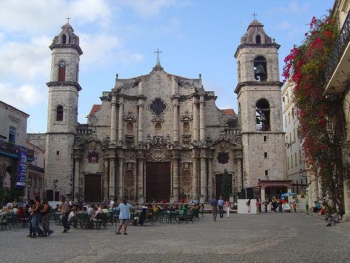 Catedral de La Habana, Plaza de la Catedral.