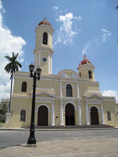 Catedral de Cienfuegos. Vista frontal