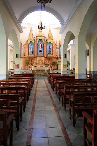 Interior del Santuario de San Lázaro