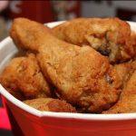 Pollo adobado y frito a la criolla